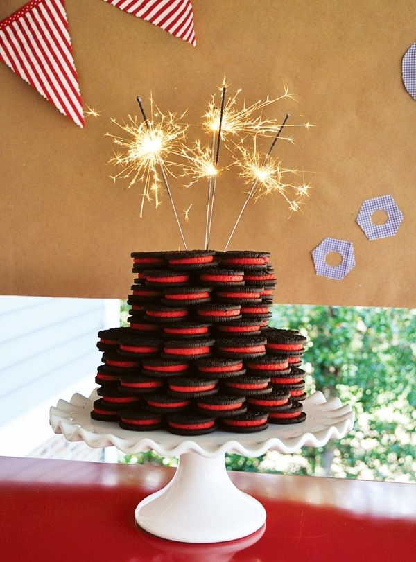 Construction Birthday Party Cookie Cake www.spaceshipsandlaserbeams.com