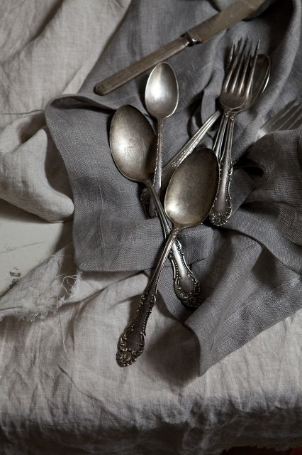 .: Antiques Silver, Old Silverware, Home Interiors, Living Room Design, Design Interiors, Interiors Design, Grey, Vintage Linens, Vintage Silverware