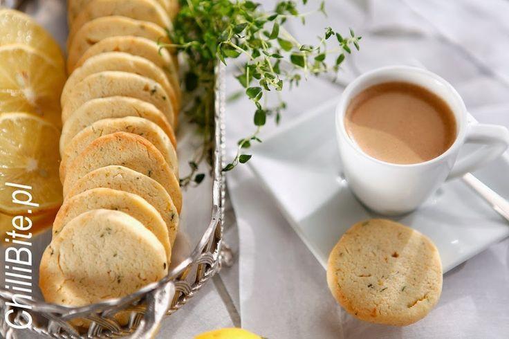 ChilliBite.pl - motywuje do gotowania! Świetne przepisy, autorskie zdjęcia i dobra energia :): Najprostsze kruche ciasteczka 1-2-3