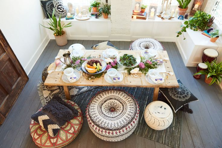 Dinner anyone? Home Decor - Earthbound Trading Company
