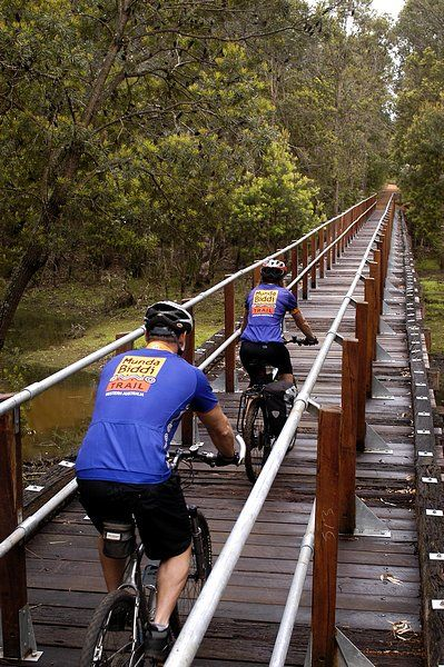 The Munda Biddi Trail is a world-class, nature-based, off-road cycling experience. Starting in Mundaring, the Trail meanders through scenic river valleys and the magnificent eucalypt forests of Western Australia's South West.
