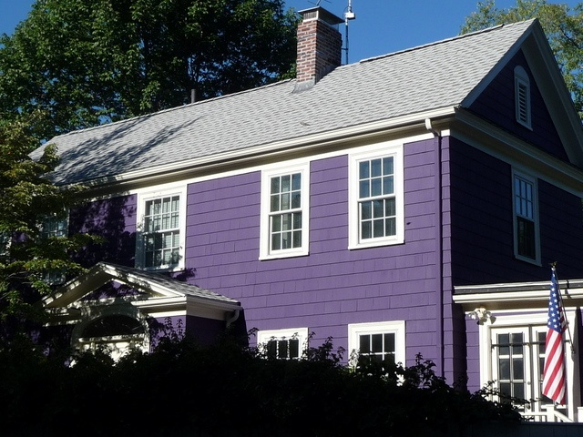 Mid Cambridge Purple House On Trowbridge Street Ma Machusetts Pinterest Home And Shades Of