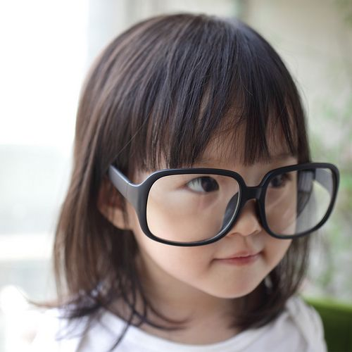 Recipe for cute: small girl + big glassesFuture Fashion, Little Girls, Future Daughters, Baby Boys, Future Baby, Baby Girls, Asian Baby, Geek Chic, Boys Baby