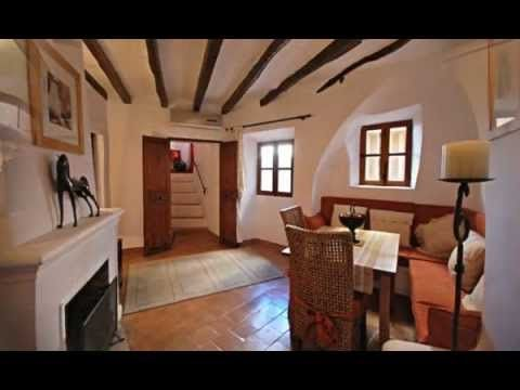 Mallorca Bed and Breakfast Accommodation - video