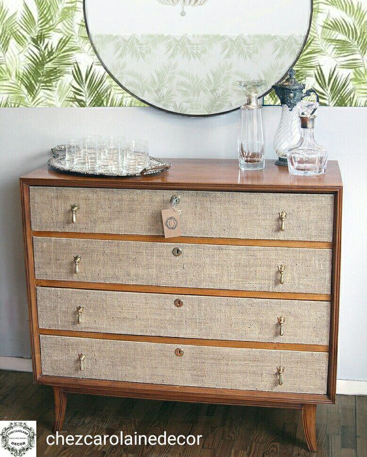 Comoda retro estilo americano vintage restaurada con goma laca, entelado en arpillera y tiradores de bronce antiguos.