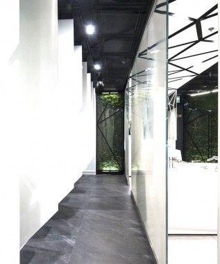 Design of the interior for public toilets and corridors in SC Złote Tarasy, stage 01. #geometric #minimal #zlotetarasy #architecture #design #interiors #art #light #plants #white #mirror #moss