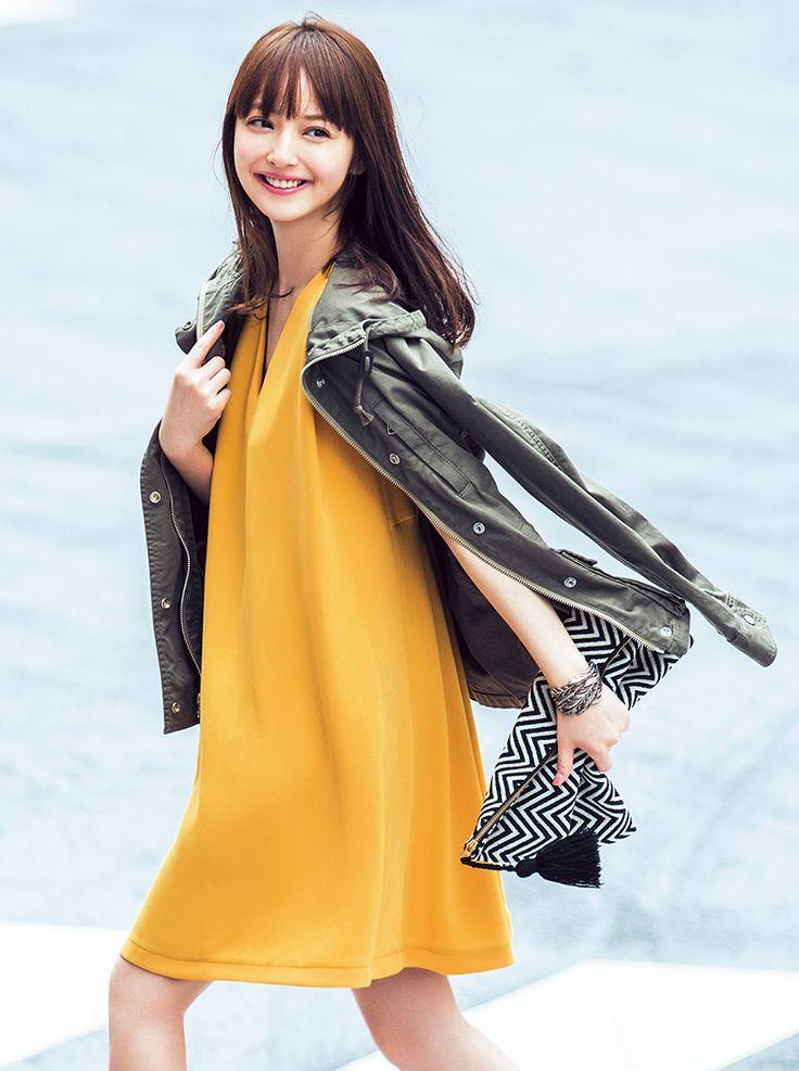 佐々木希 yellow dress with jacket