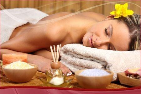 Alívio da Dor  Massagem proporciona uma redução significativa da dor nas costas, enxaqueca, dores de cabeça, no pescoço, no ombro, nas articulações, nos músculos doloridos, artrite, fibromialgia e lesões mu  sculares. Uma massagem regular faz desaparecer toda esta tensão desnecessária!!