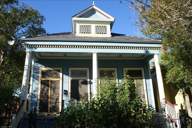 """Welcome to """"The Dryades House"""" in Uptown New Orleans ~ circa 1910"""