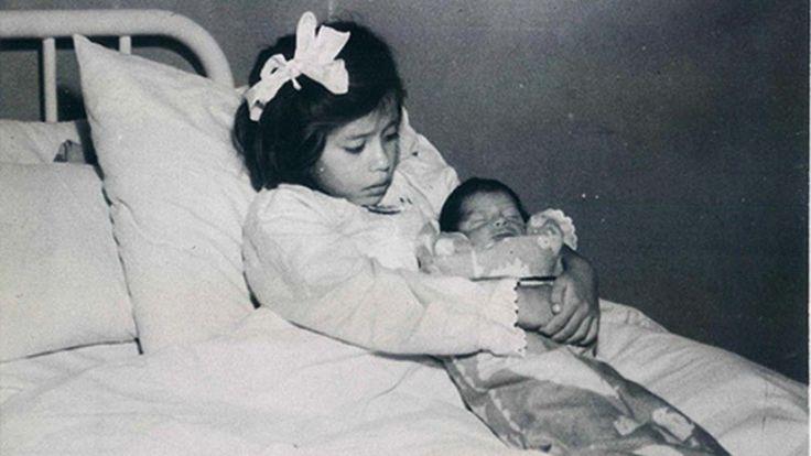 """Peru'da Hayret Verici Bir Ana-Oğul! 5 Yaşında Doğum Yapan Kızın Tuhaf Hikâyesi """"Peru'da Hayret Verici Bir Ana-Oğul! 5 Yaşında Doğum Yapan Kızın Tuhaf Hikâyesi""""  https://yoogbe.com/ilginc/peruda-hayret-verici-bir-ana-ogul-5-yasinda-dogum-yapan-kizin-tuhaf-hikayesi/"""