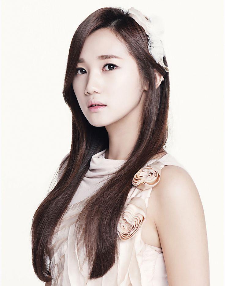 Hello Venus-Yoo Ara