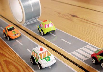 Rennstrecke für Autofans - Deko für den Kindergeburtstag - [LIVING AT HOME]