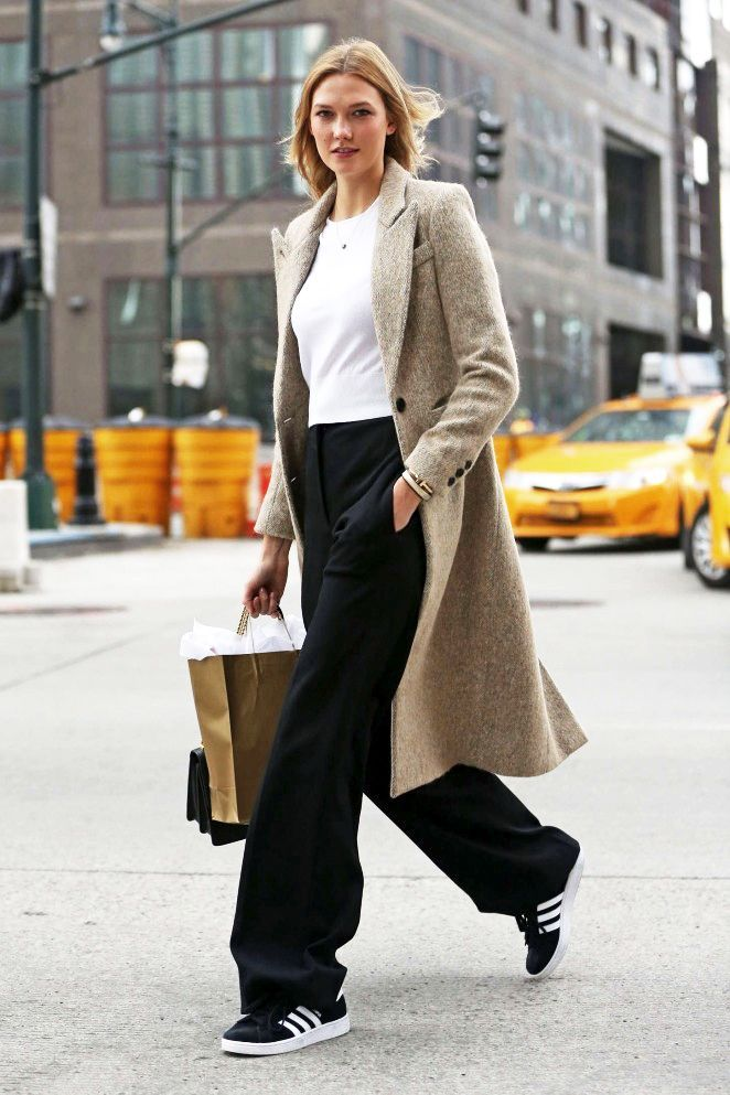Model-Off-Duty: Get Karlie Kloss' Classic Cool Adidas Sneakers Look