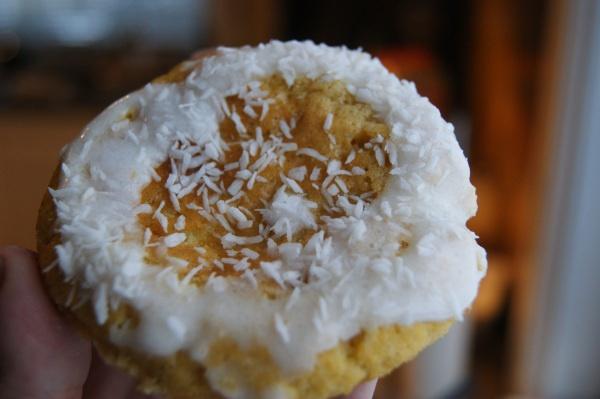 Skolebrød – lavkarbo, uten sukker og gluten --- BUNS WITH CUSTARD FILLING --- give me a shout if you need translation :0)