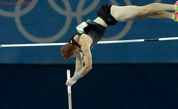 Pole-vaulter Shawn Barber returns to top 3 at Diamond League