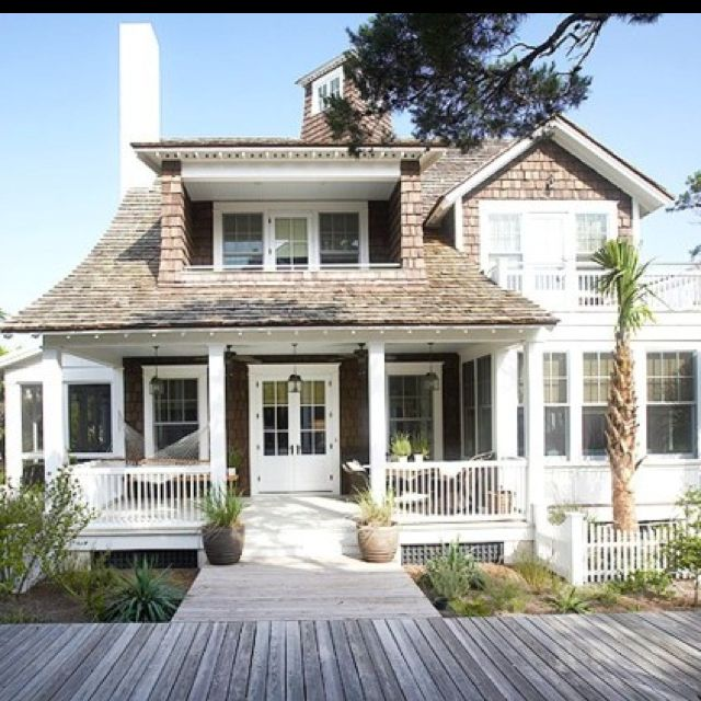 78 best cottage charm beach house style images on Beach cottage house