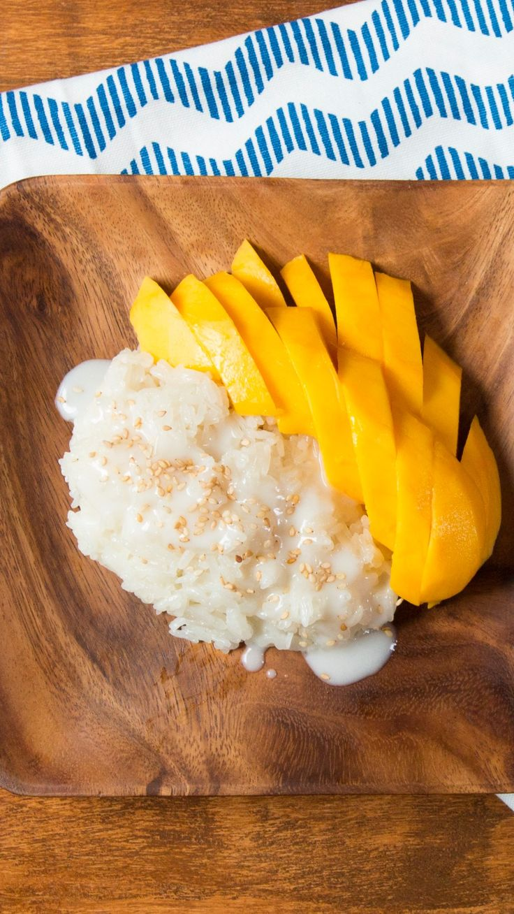 how to make thai coconut sticky rice with mango