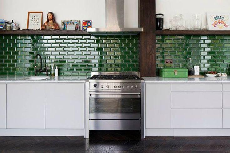 Moderne Küche ohne Hängeschränke gestalten – Praktische Ideen für funktionelle Innenräume