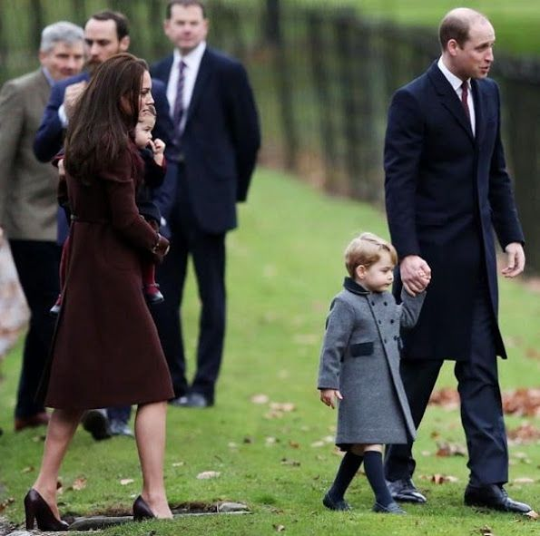 prins william en prins george prinses catherine en  prinses Charlotte  25-12-2016