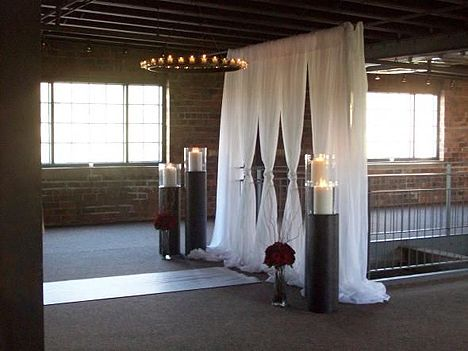 diy wedding altar. so simple and elegant. did someone say diy???? @Dawn Cameron-Hollyer Daugherty