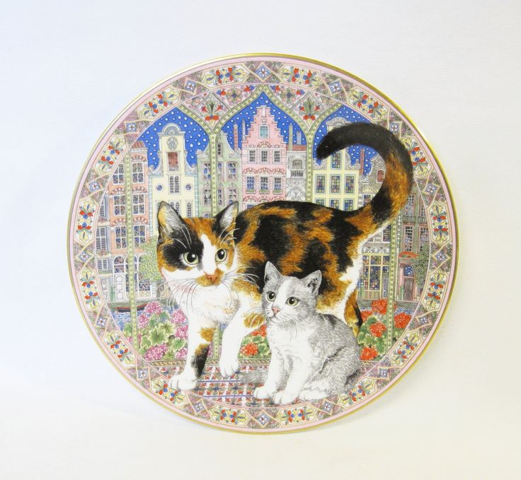 "Royal Worcestor Collector's Plate, 1992, Purrfect Friends, Cat Painting by Sue Scullard, ""Rameses & Rumplestiltskin"""