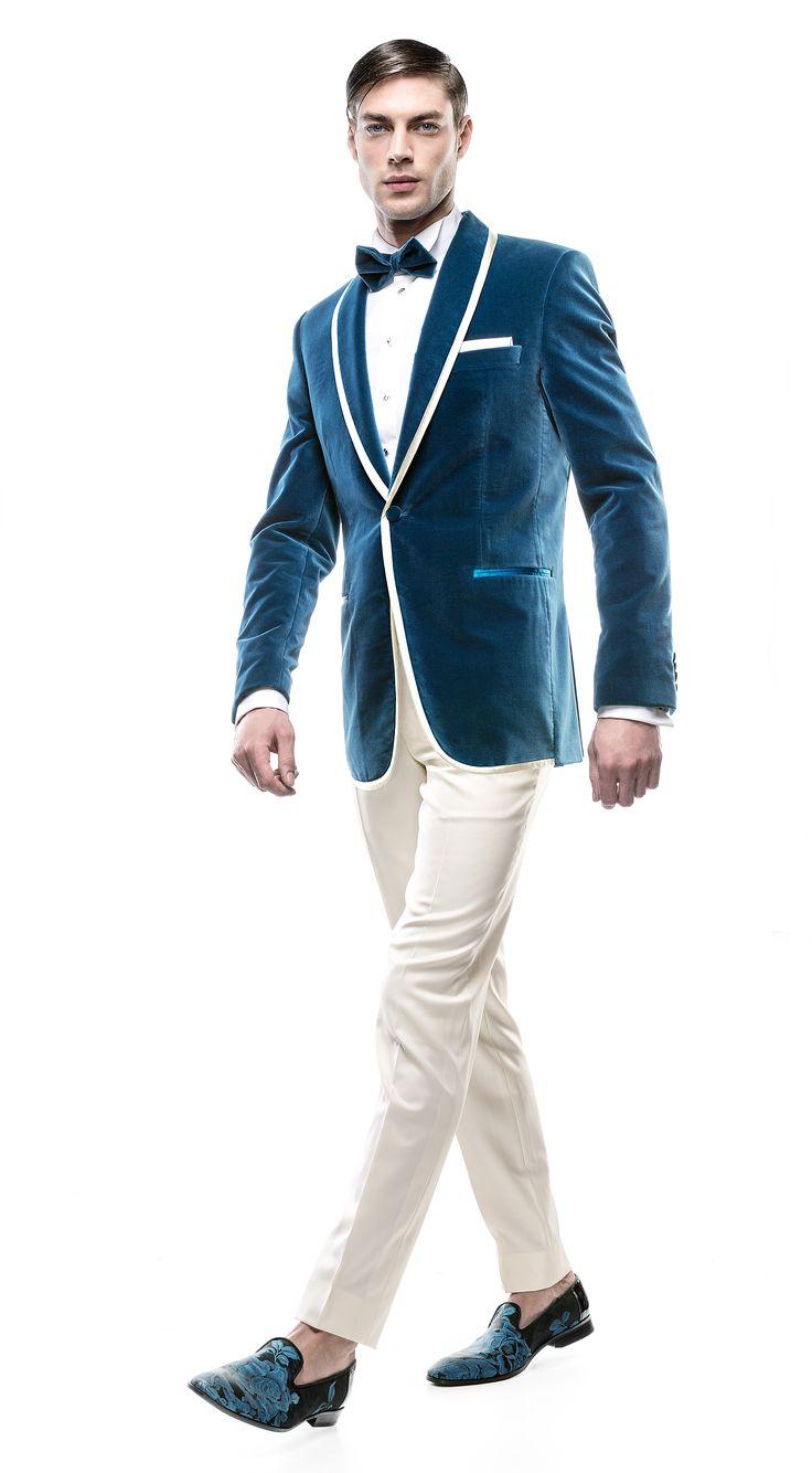 Costum de mire Filip Cezar Cyan & Ivory http://www.filipcezar.com/ro/costume-barbati/254-costum-mire-filip-cezar-cyan-ivory.html