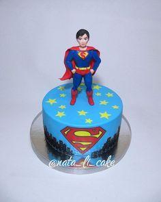 Торт для юного фаната Супермена  #cake #handmade #nata_li_cake #тортnata_li_cake #figurinecake #торт #туапсе #новомихайловскийторт  #тортнаденьрождения  #тортнадетскийпраздник #супермен #сахарнаяфигурка #сахарнаяфигуркаручнойлепки #вкусныйторт #стильныйторт #мойторт #кондитер #новомихайловский #джубга #деньрождения #ольгинка