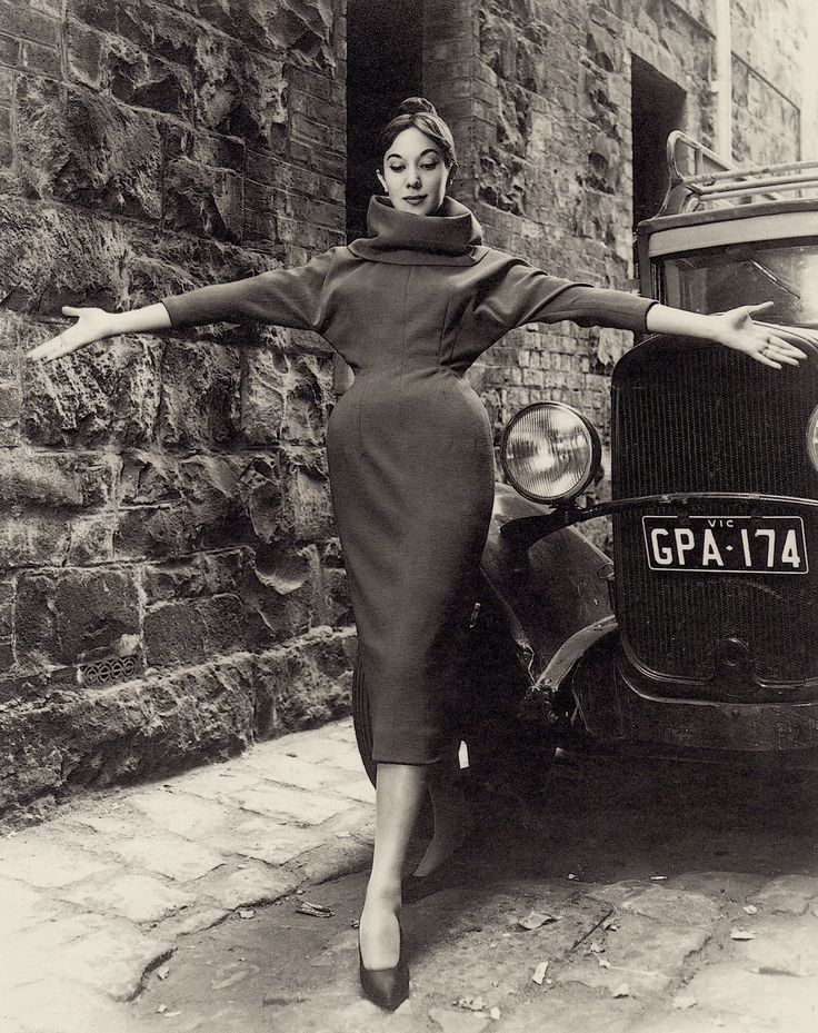 Terry Carew wearing dress by Le Louvre photo Athol Shmth Melbourne, Australia 1960's