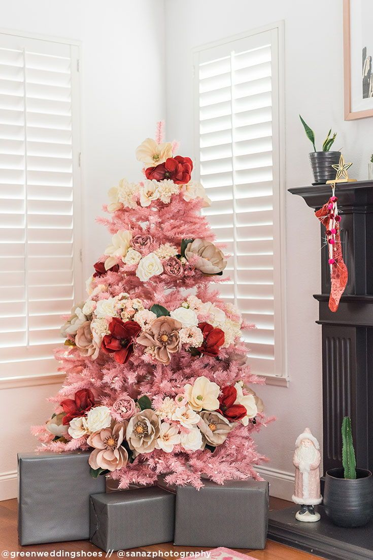 Diy Pink Christmas Tree With Artificial Flowers Such As Poinsettias Magnolia And Roses Floral Christmas Tree Christmas Floral Colorful Christmas Tree