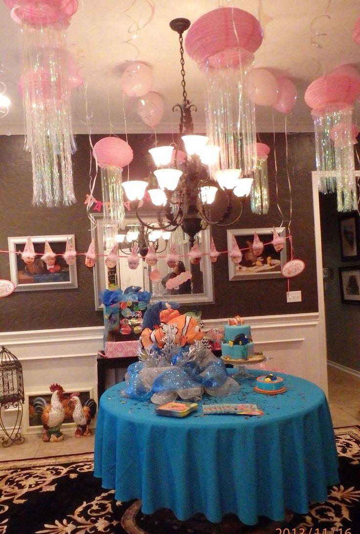 Nemo party jelly fish