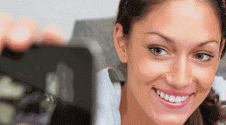 Suster Jualan: Demi Obsesi Selfie Maksimal, Jaga Kesehatan Gigi A...
