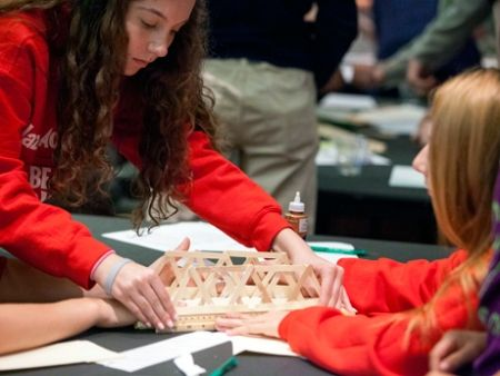 This article provide ways that students have affected change. Project-Based Learning: Real-World Issues Motivate Students | Edutopia