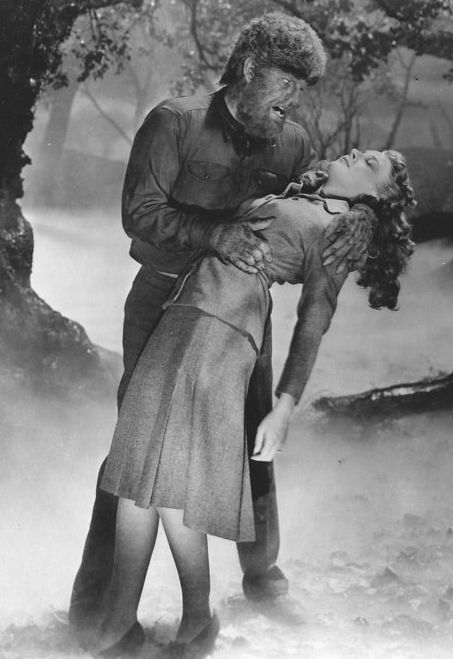 """Lon Chaney Jr. and Evelyn Ankers in """"The Wolf Man."""""""