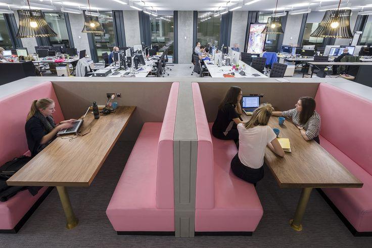 A Tour of Saatchi & Saatchi's Super Cool London Office - Officelovin'