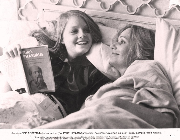 Jodie Foster and Sally Kellerman read.