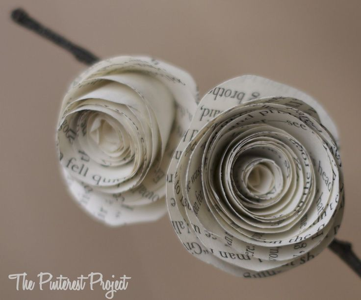 how to make paper flowers out of book pages