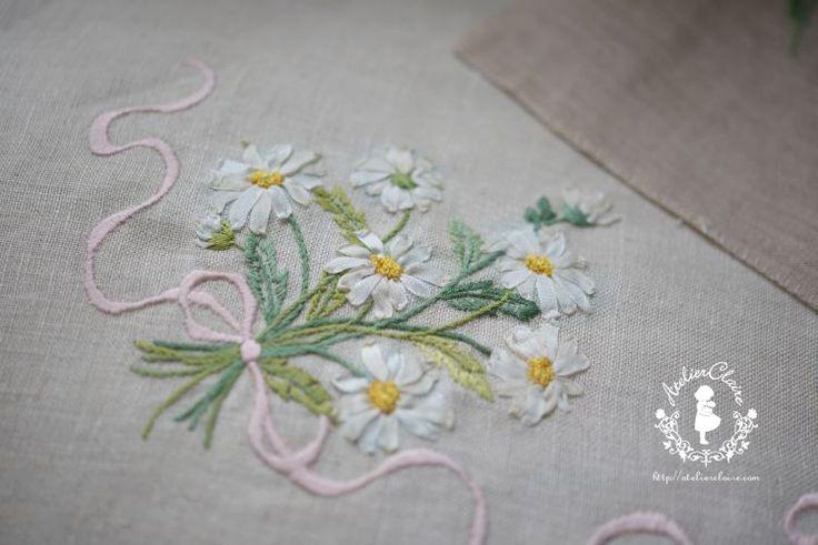 Довольно цветок вышивка & картонажа: Токио Jiyugaoka Иноуэ Chigusa вышивки и картонажа классе Atelier Клэр (Atelier Клэр)