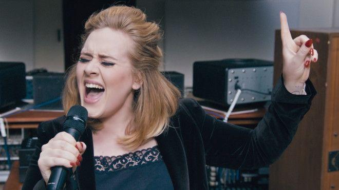 Adeles Album May Break Sales RecordsEven Though Its 2015