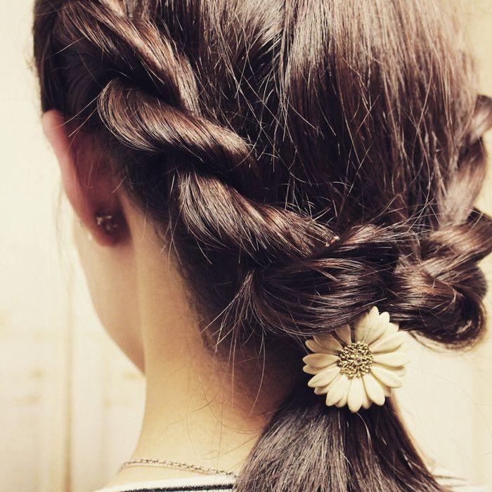 簡単なのに編み込み風 ねじってくるくる ロープ編み のヘアアレンジ術 髪型 ヘアアレンジ ママ 髪型