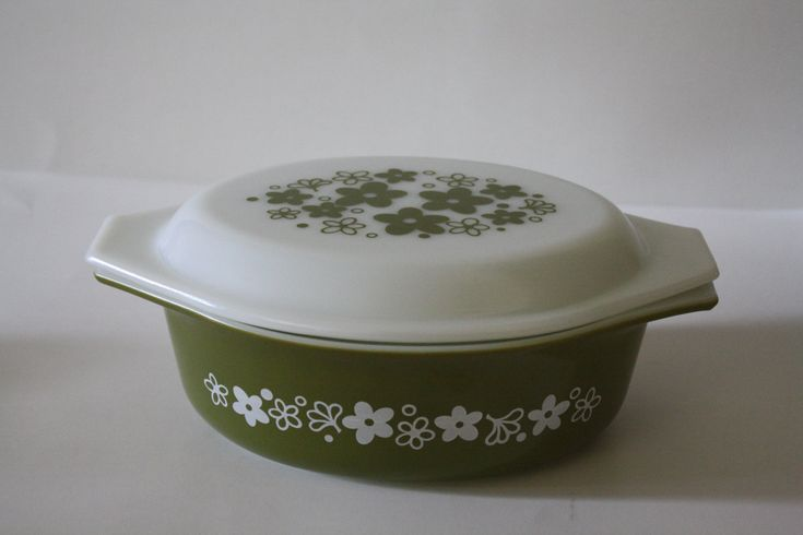 Vintage Baking Dish, Vintage Pyrex bowl, Verde Avocado Green baking dish, 1.5 Qt Baking Dish, Spring Blossom baking dish with lid by KyriesTreasureChest on Etsy