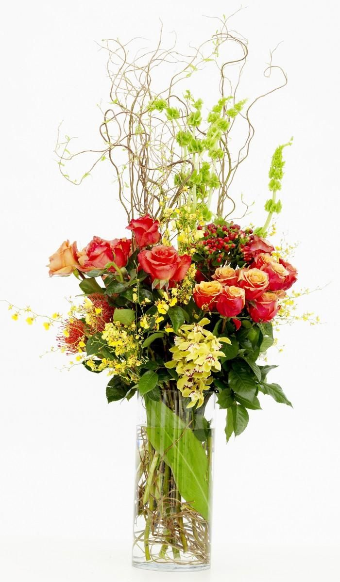Arrangement Orchids and Roses : Michigan Florist : Upscale floral delivery to the entire Metro Detroit area.