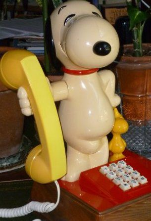 I love Snoopy.  I had a phone like this growing up.Character Telephone, Peanut Phones, Vintage Snoopy, Snoopy Nurseries, Snoopy Phones, Baby'S Room, Baby Room, Peanut Gang, Babies Rooms