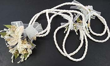wedding rope lazo with lily flowers