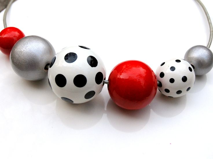 dotted#Baboon yewellery#handmade painted#wooden ballas#red#silver#black and white