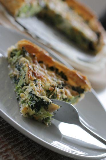 Lekkere groentequiche wat je kunt maken als hoofdgerecht, of als lunchgerecht op de zondagmiddag. Lees verder voor het volledige recept