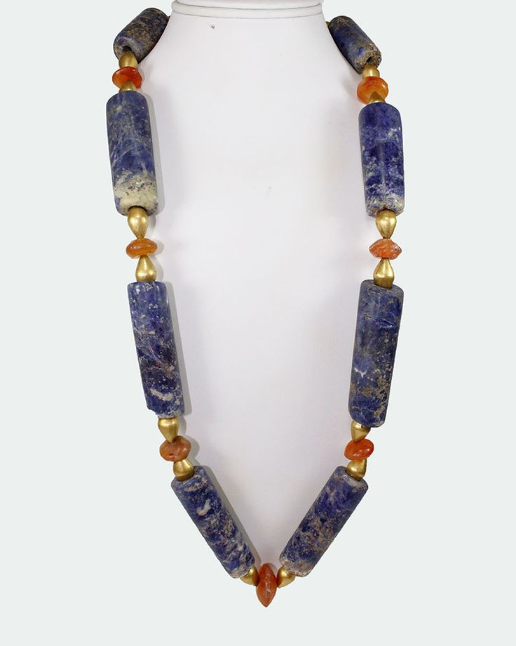A fine Pre-Columbian Sodalite Bead Necklace, Chavin culture, Peru, 600-300 BC