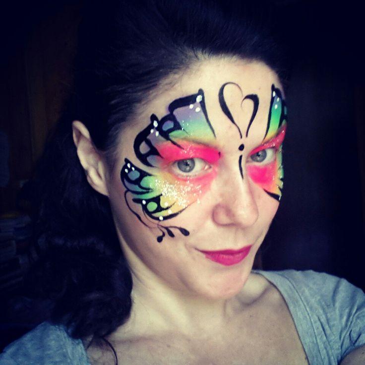 Farfalla multicolor------Facebook: RobertaPonPon