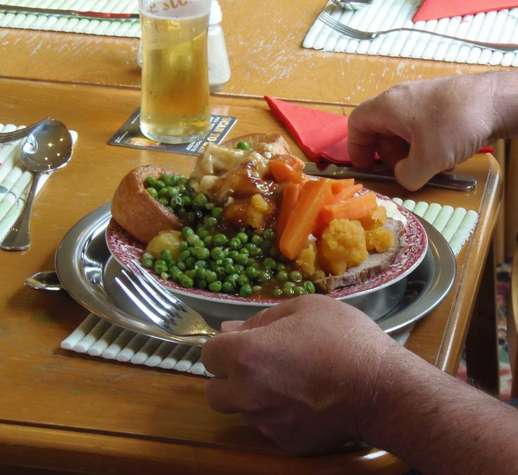 Sunday Lunch Carvery at Hazelwood Holiday Park Clubhouse