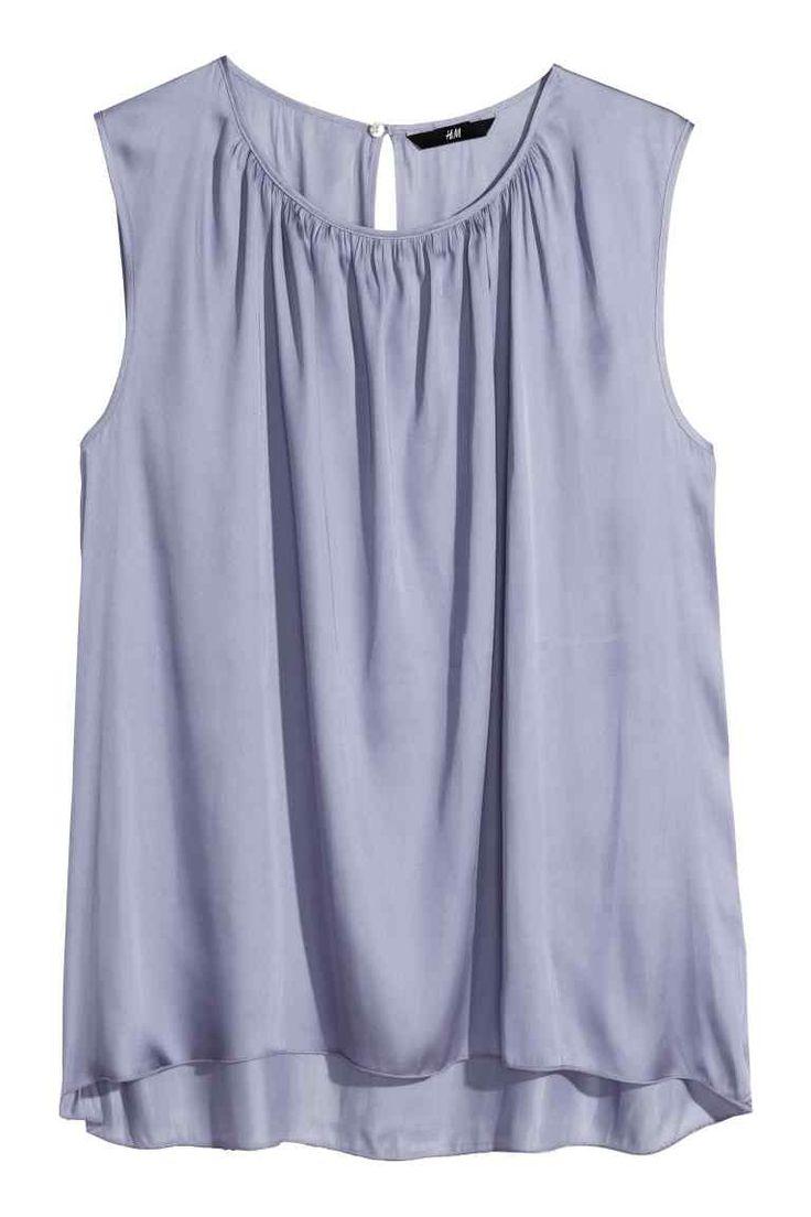 Blusa de satén sin mangas | H&M                                                                                                                                                                                 Más