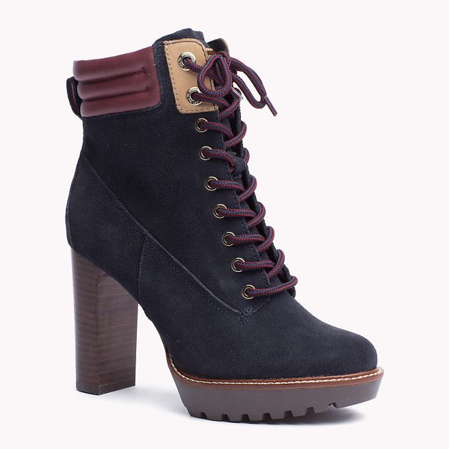 86fd8a952c4ed0 ... TOMMY HILFIGER 40 MIDNIGHT BLUE The Ileen Ankle Boots is the seasons  highlight from the latest  NEW TOMMY HILFIGER Debossed Leather Metallic  Chelsea ...